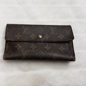 Louis Vuitton vintahe wallet and checkbook holder